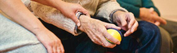 Asistencia domiciliaria a mayores con la vuelta a la rutina
